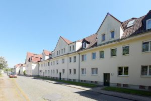 NEU im Angebot! Schicke Terrassenwohnung + große Küche * auch für Senioren interessant