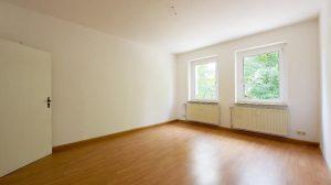 Neu renoviert! Tolle Raumaufteilung! Mit großer Wohnküche und Balkon * ab sofort frei * EBK möglich